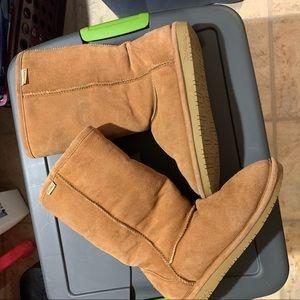 Size 11 Tan Bearpaw Tall Winter boots